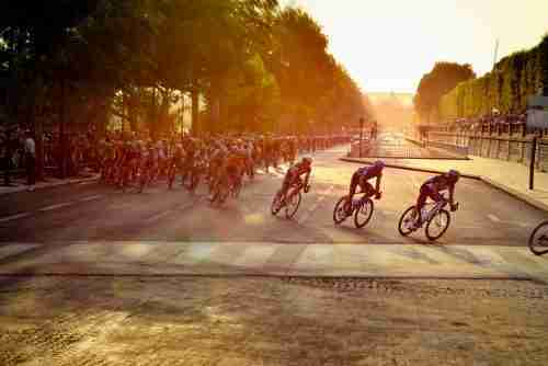 Best Carbon Road Bike Under 2000