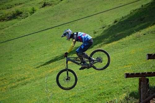 Best Beginner Full Suspension Mountain Bike