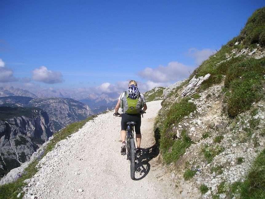 Best Mountain Bikes Under 2000